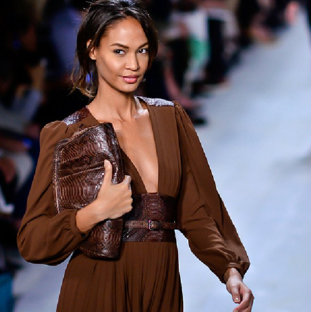 Michael Kors: Top 5 Accessory Must Haves