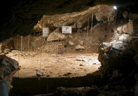 A view of Cueva de Antoliña (Spain) during the excavation. Credit: Mikel Aguirre.