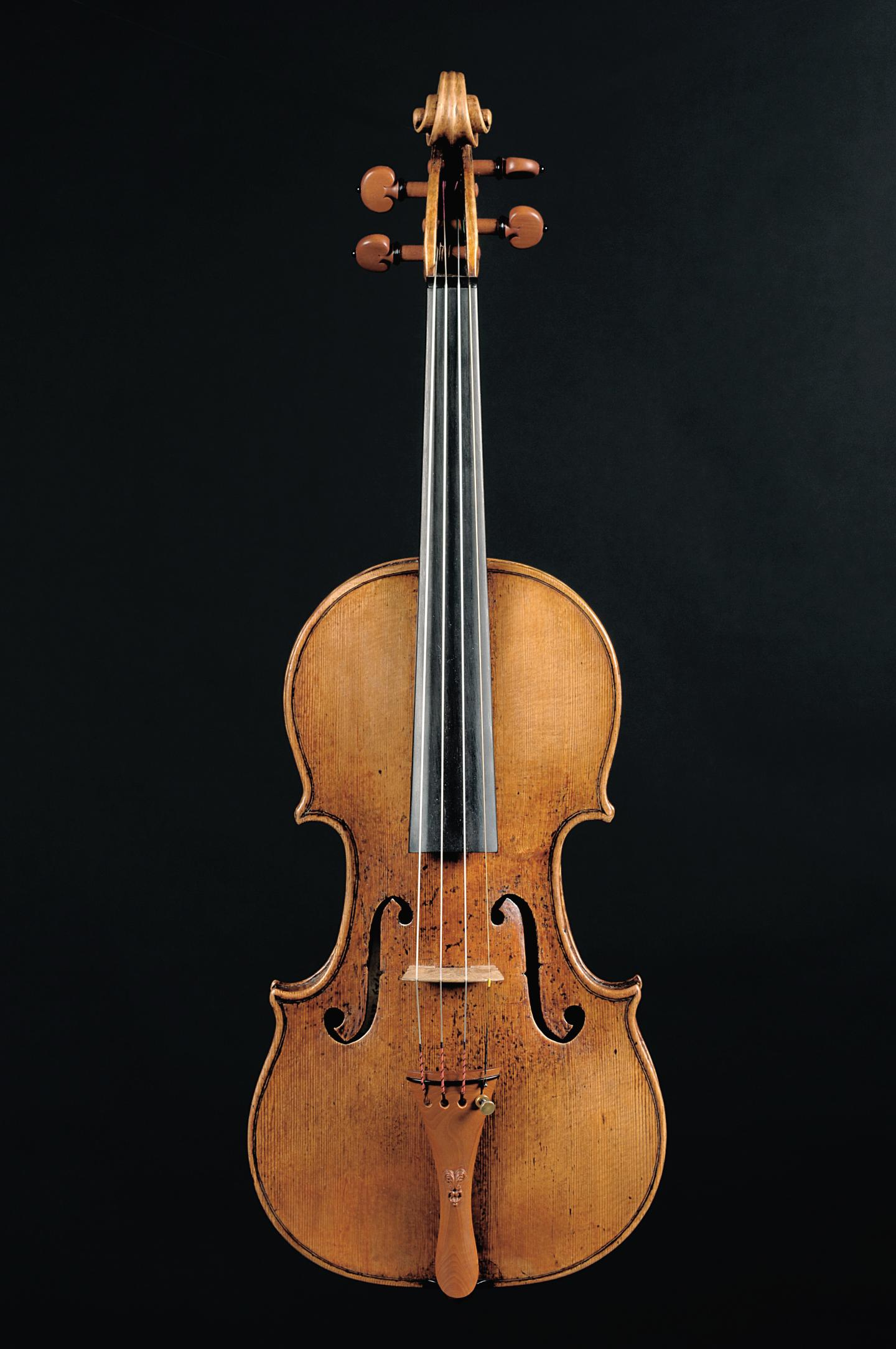 This is the 'Caspar Hauser' violin by Giuseppe Guarneri 'del Gesu.' Credit: Walter Fischli - Stiftung / Martin Spiess