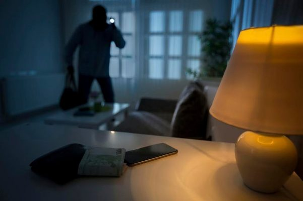 10 ways to secure your home from burglars