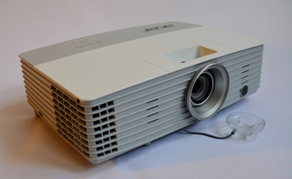 Projector hire – How to choose the best projector for your needs