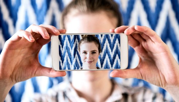 Social media doesn't hurt your face-to-face socializing