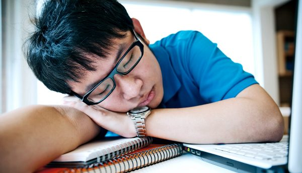 'Social jet lag' can lead to lower grades