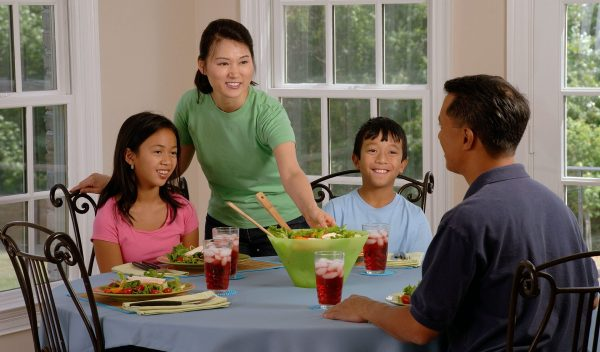 How to ensure that your family eats healthy